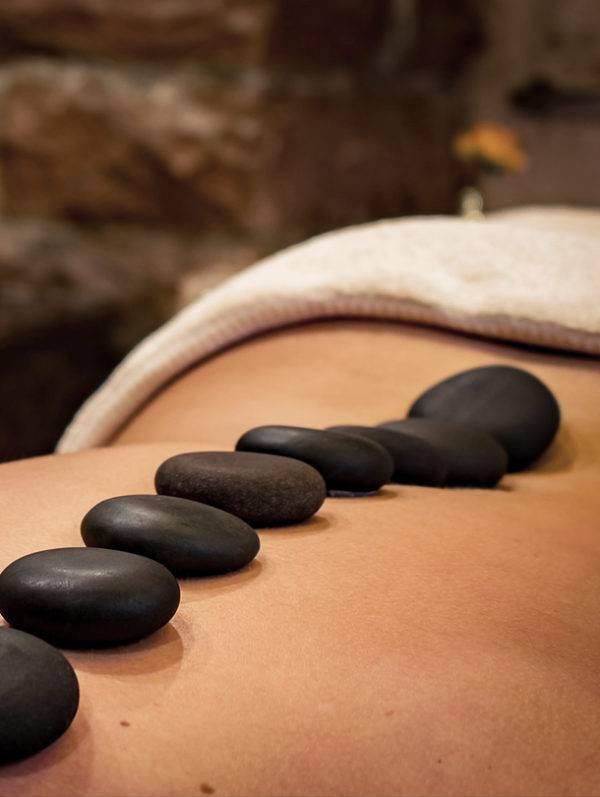 Hot Stone Massage Jolange Opleidingen