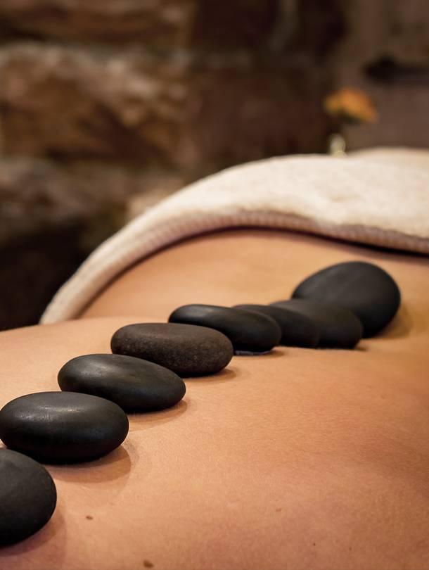 Hot Stone Massage Jolange Opleidingen